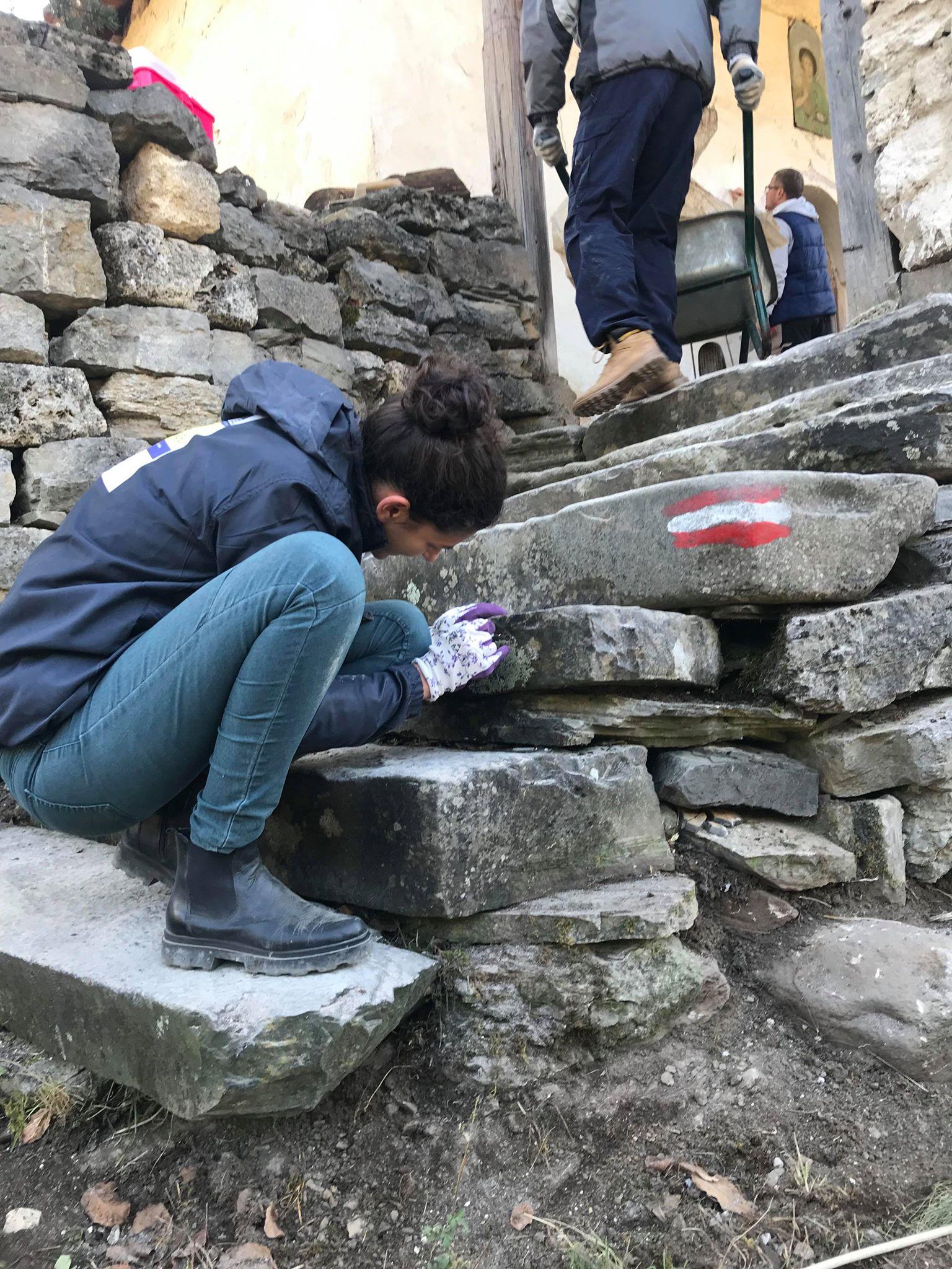 Photo of Oživljavanje kamenog sela – stručnjaci konzervatori u Gostuši uređuju objekte u selu