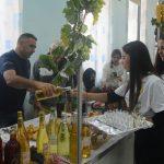 Dani vina i rakije u Izvoru  (FOTO GALERIJA)