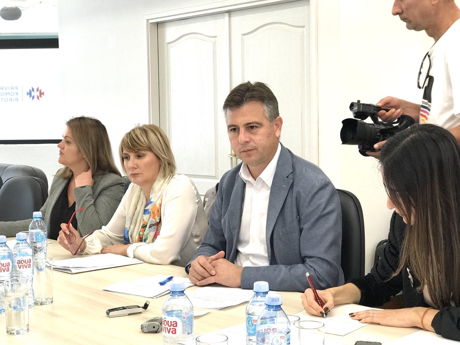 Photo of Socijalno-ekonomski savet u Pirotu: Traži se sastanak u Ministarstvu privrede povodom privatizacije Tigra AD