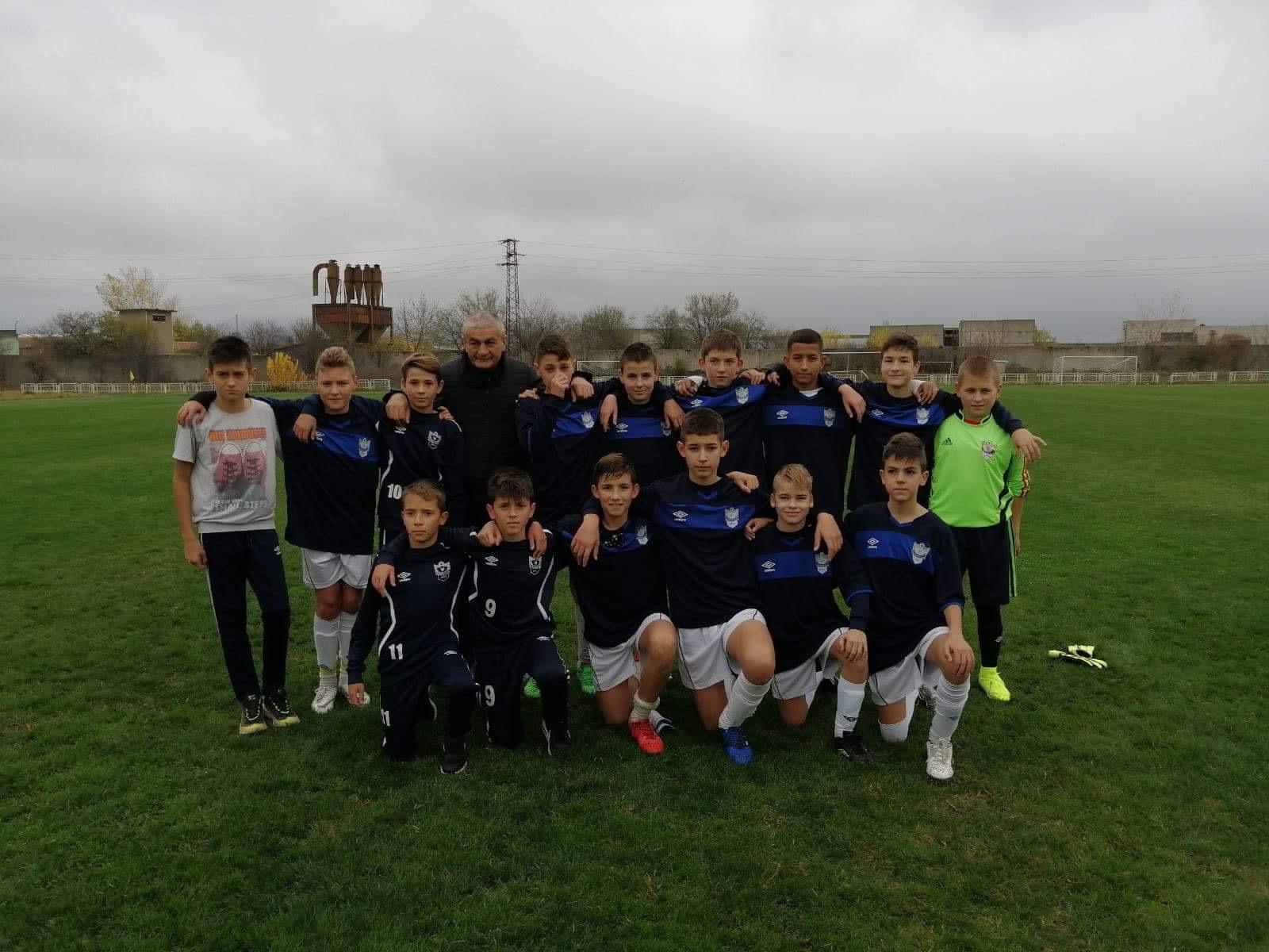 Photo of Petlići Radničkog igrali u Bugarskoj protiv ekipa Montana i Vidin