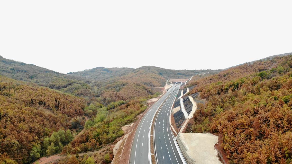 Photo of Kako izgleda završena trasa Istočnog kraka Koridora 10 – snimak iz vazduha