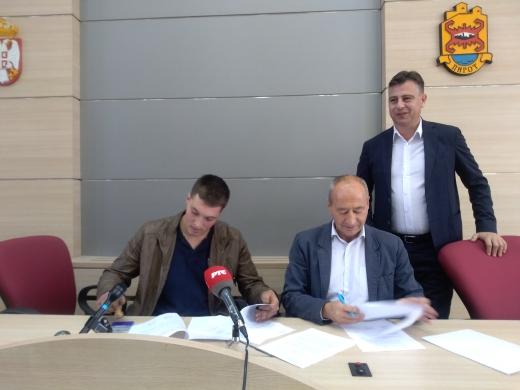 """Photo of JP """"Vodovod i kanalizacija u Pirotu:Preuzeli sopotski vodovod"""