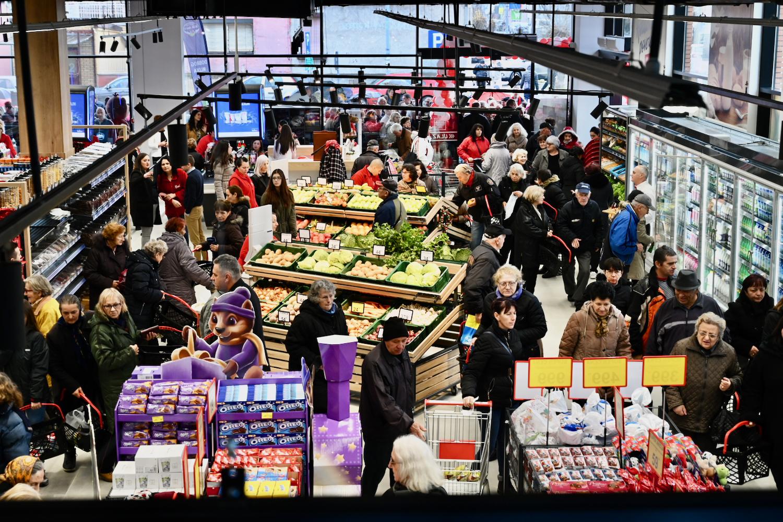 Photo of JEFTINIJE OD OSTALIH: Otvoren jedan od najmodernijih supermarketa u Srbiji – Kolonijal