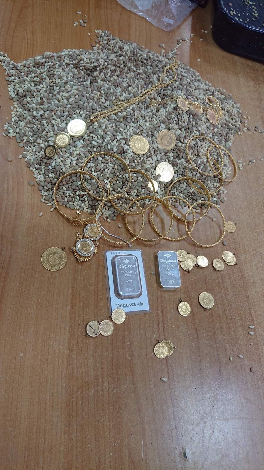 Photo of Zaplenjeno zlato na Gradini. Putnici ga sakrili u žitu za kuvanje