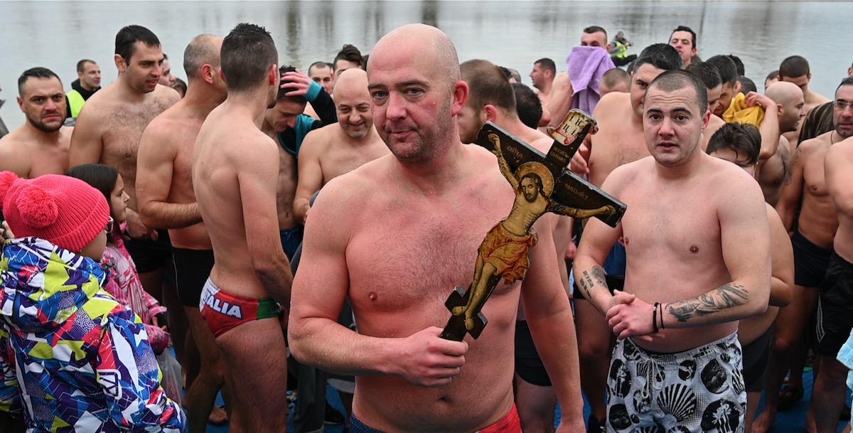 Photo of Filip Filipović po drugi put osvojio Časni krst
