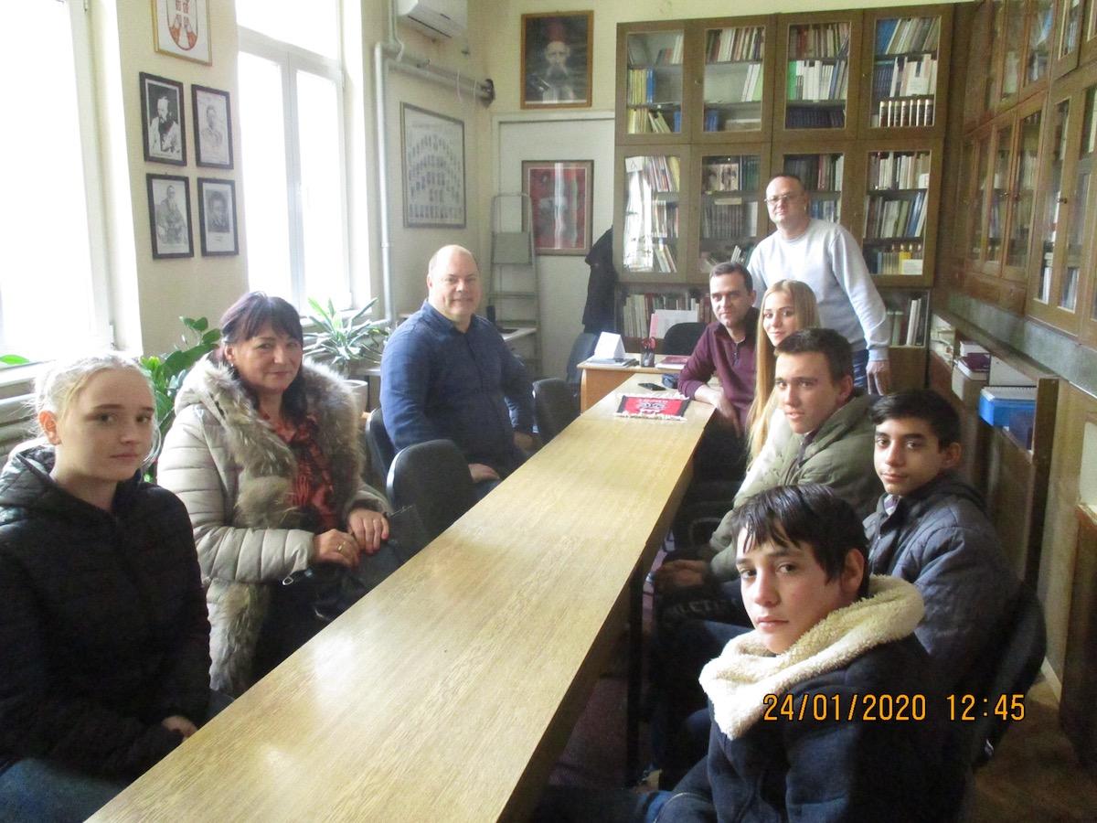 Photo of Učenici Mlekarske škole organizovali humanitarnu akciju za ugroženu decu iz Strelca