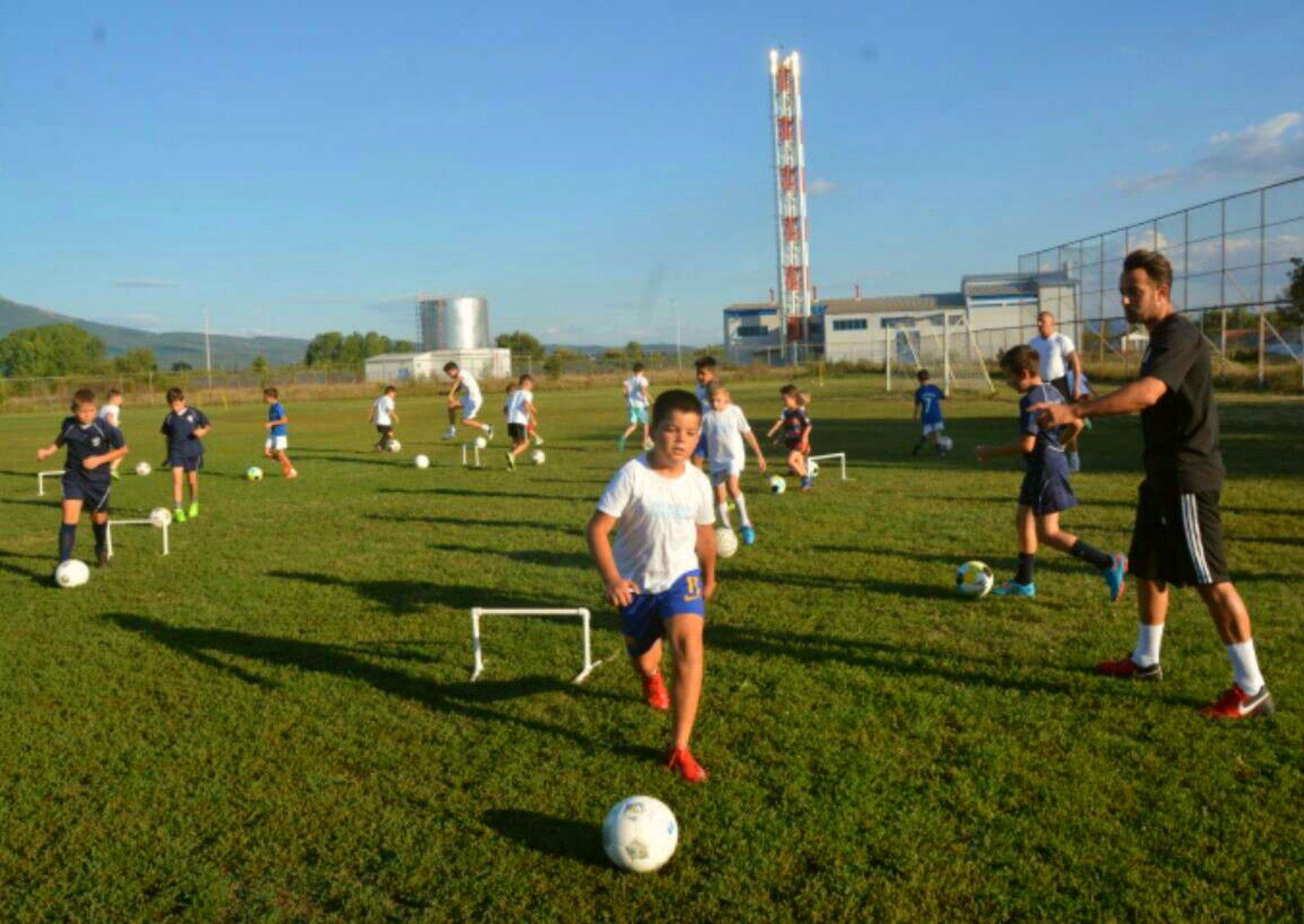 Photo of U Radničkom uvode holandski sistem za rad sa mladim nadama. Na proleće i internacionalni turnir za mlade fudbalere