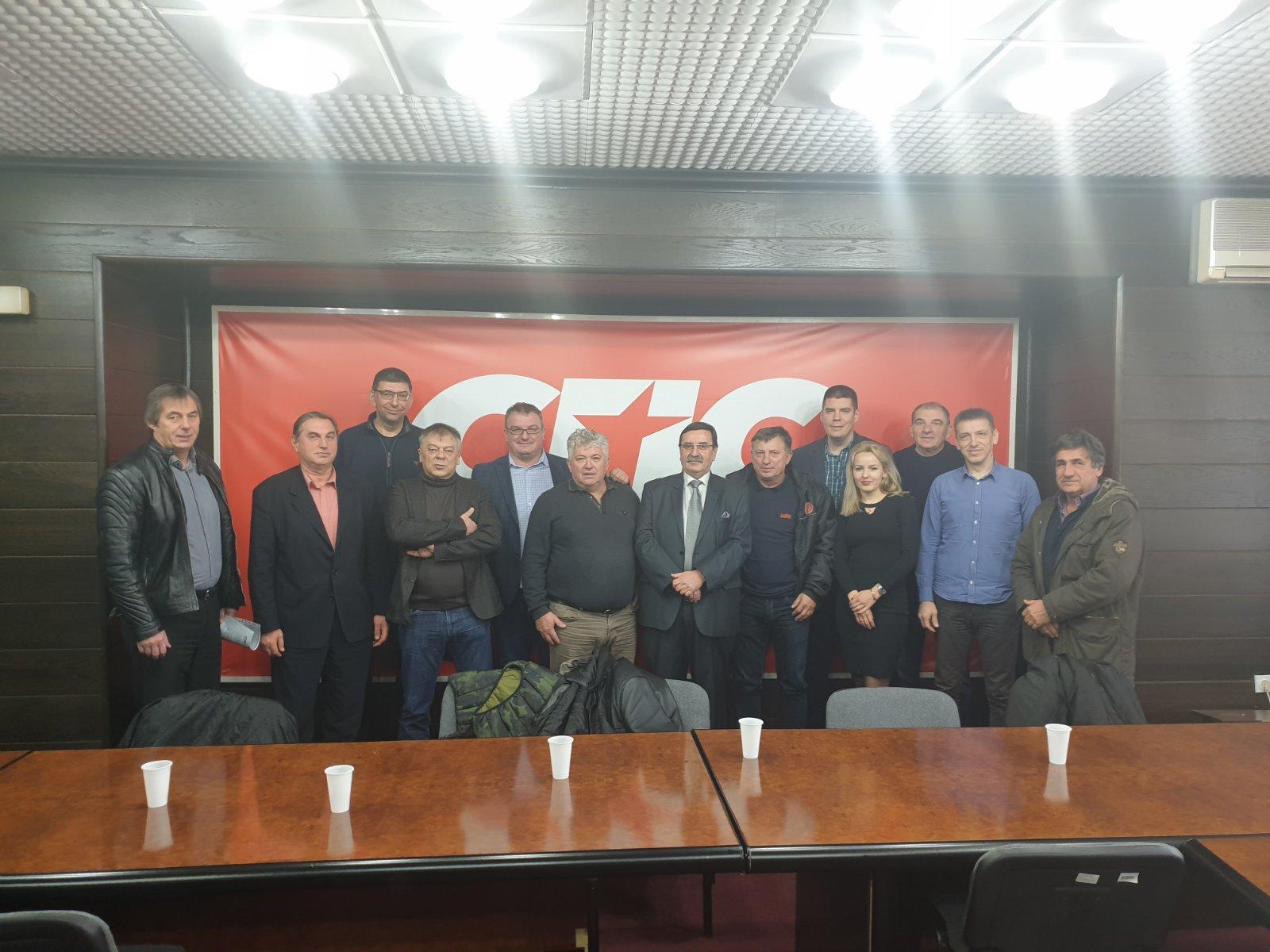Photo of Socijalisti Pirotskog okruga spremni za izbore i očekuju odlične rezultate