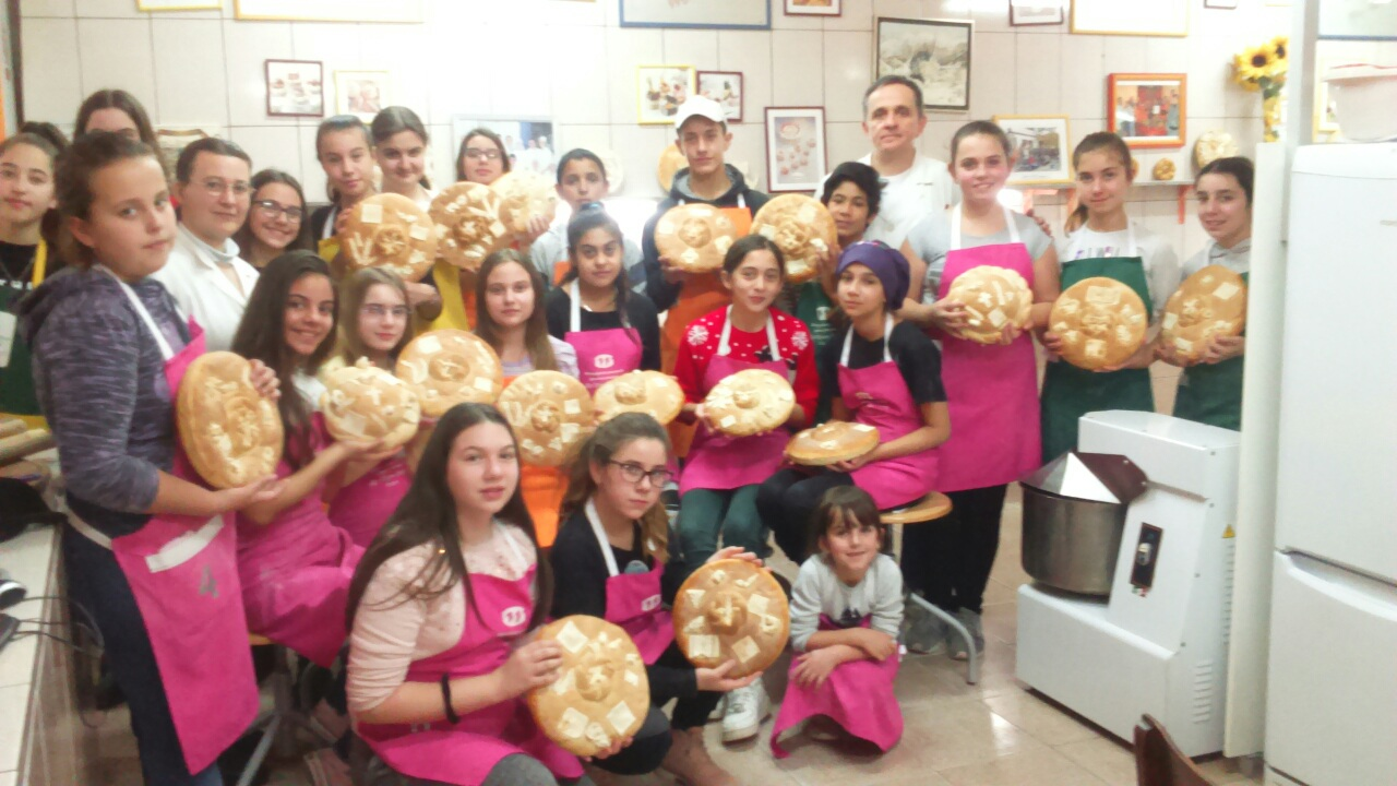 Photo of Božićna škola pekarstva i mlečnih poslastica u Mlekarskoj školi