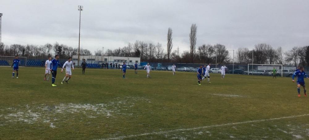 Photo of Beli odigrali prvu utakmicu protiv ekipe Černomoreca iz Burgasa 0:0. Fudbaleri zadovoljni uslovima u Pomoriju