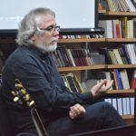 Promocija knjige Zorana Aleksića Kokija pobudila veliko interesovanje publike u Pirotu