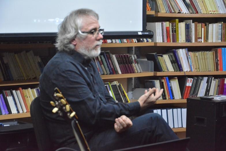 Photo of Promocija knjige Zorana Aleksića Kokija pobudila veliko interesovanje publike u Pirotu