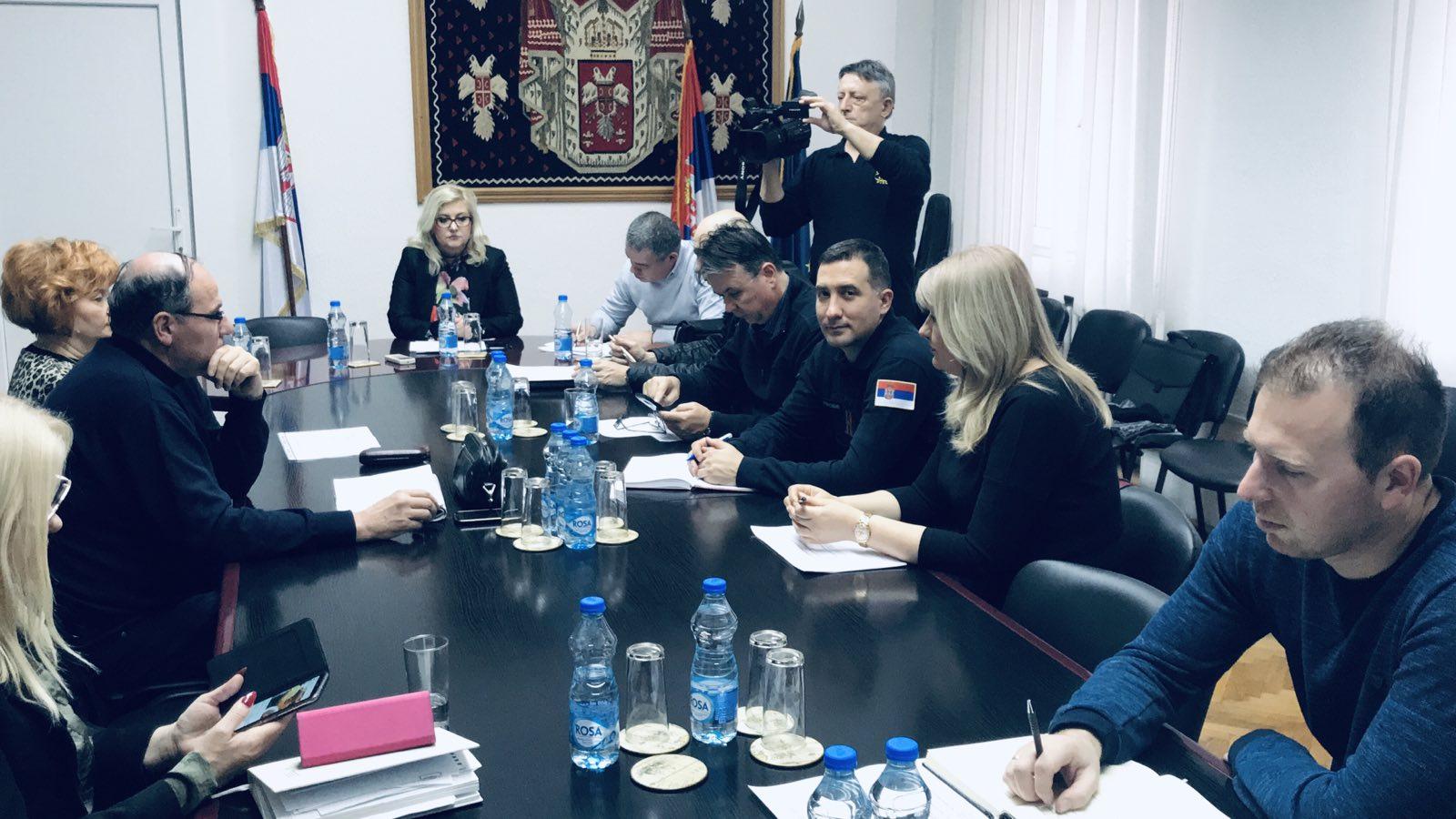 Photo of Održana svečano-radna sednica Okružnog štaba za vanredne situacije