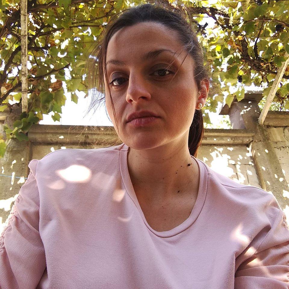 Photo of Ana Vučković Denčić: Čin pisanja je uživanje ali i terapija