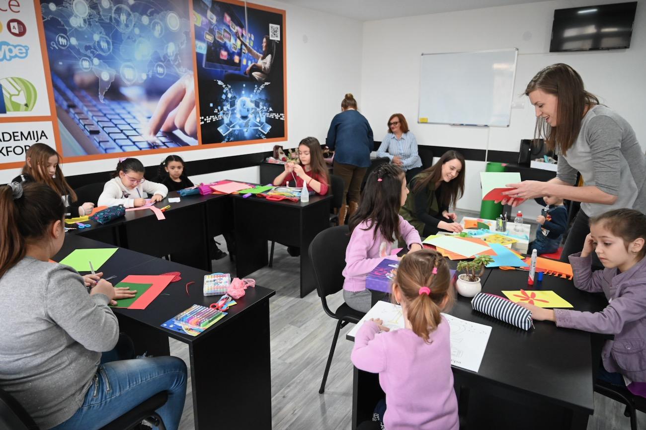 Photo of Besplatna kreativna radionica engleskog jezika za decu