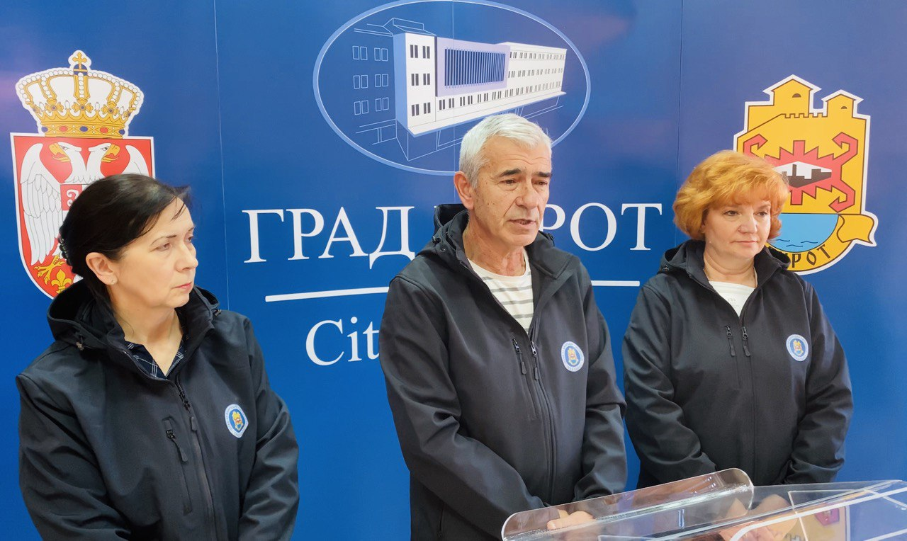 Photo of Dr Radovan Ilić: U Pirotu bez potvrđenih slučaja korona virusa, ipak on je tu oko nas, neophodan maksimalan oprez