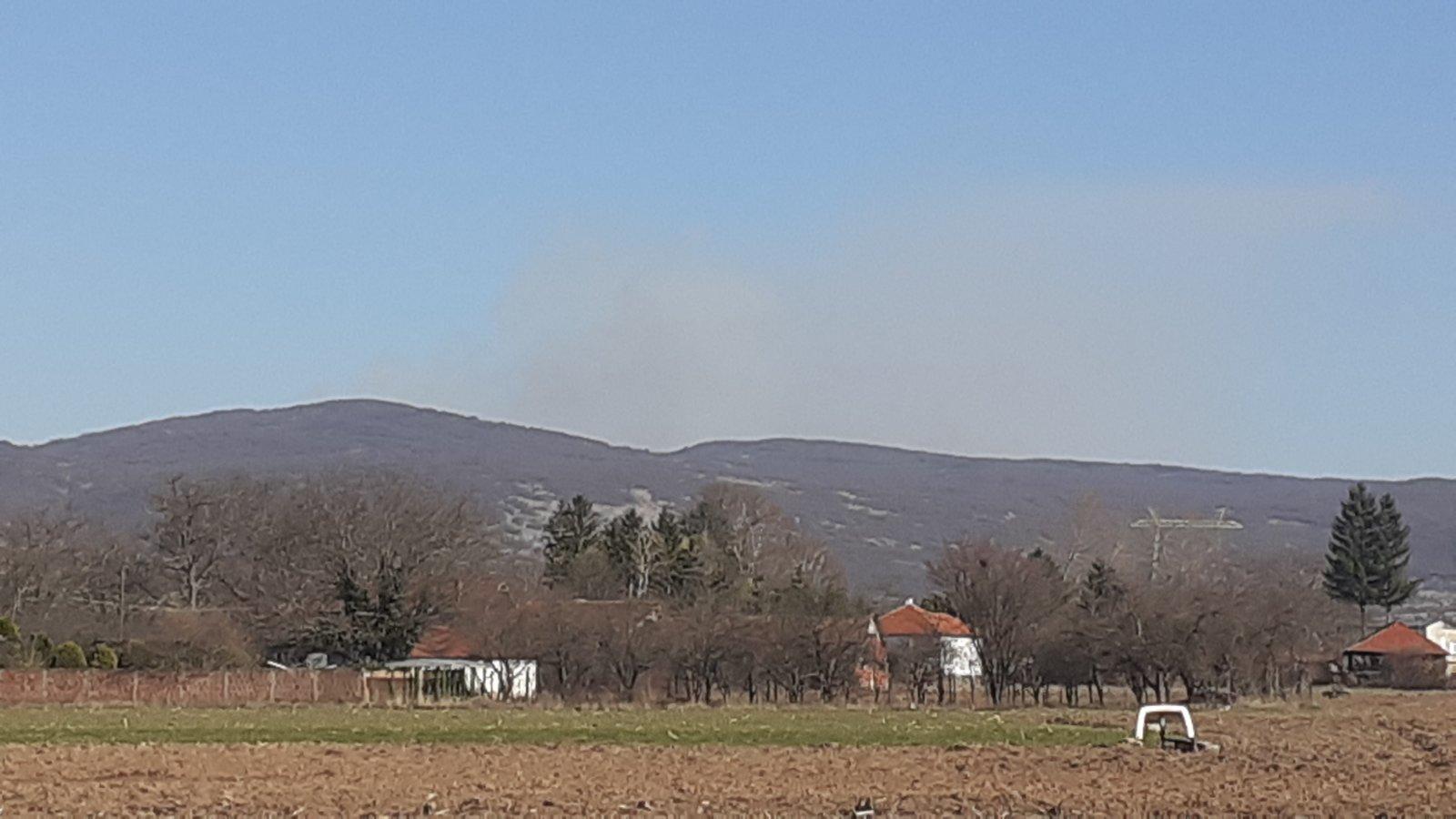 Photo of Požar na Vidliču iznad lokacije Tepoš