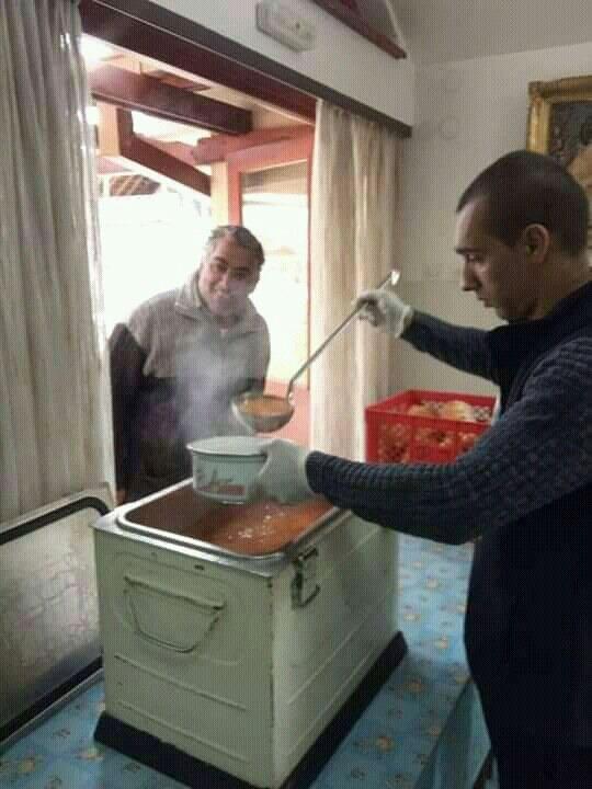 Photo of Veliki broj volontera u Romskom naselju pomaže najugroženijima