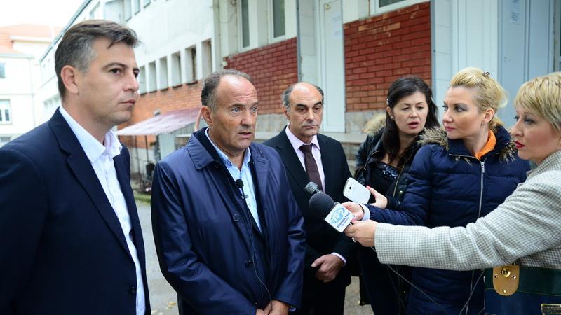 Photo of Ministar Šarčević: Nema povratka u školske klupe ove godine