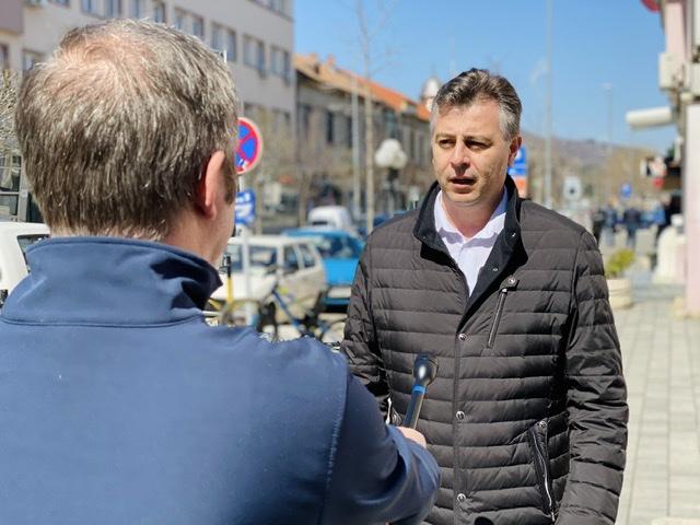 Photo of Vasić: Pripremamo pakete pomoći za 3.228 penzionera i ugroženih sugrađana