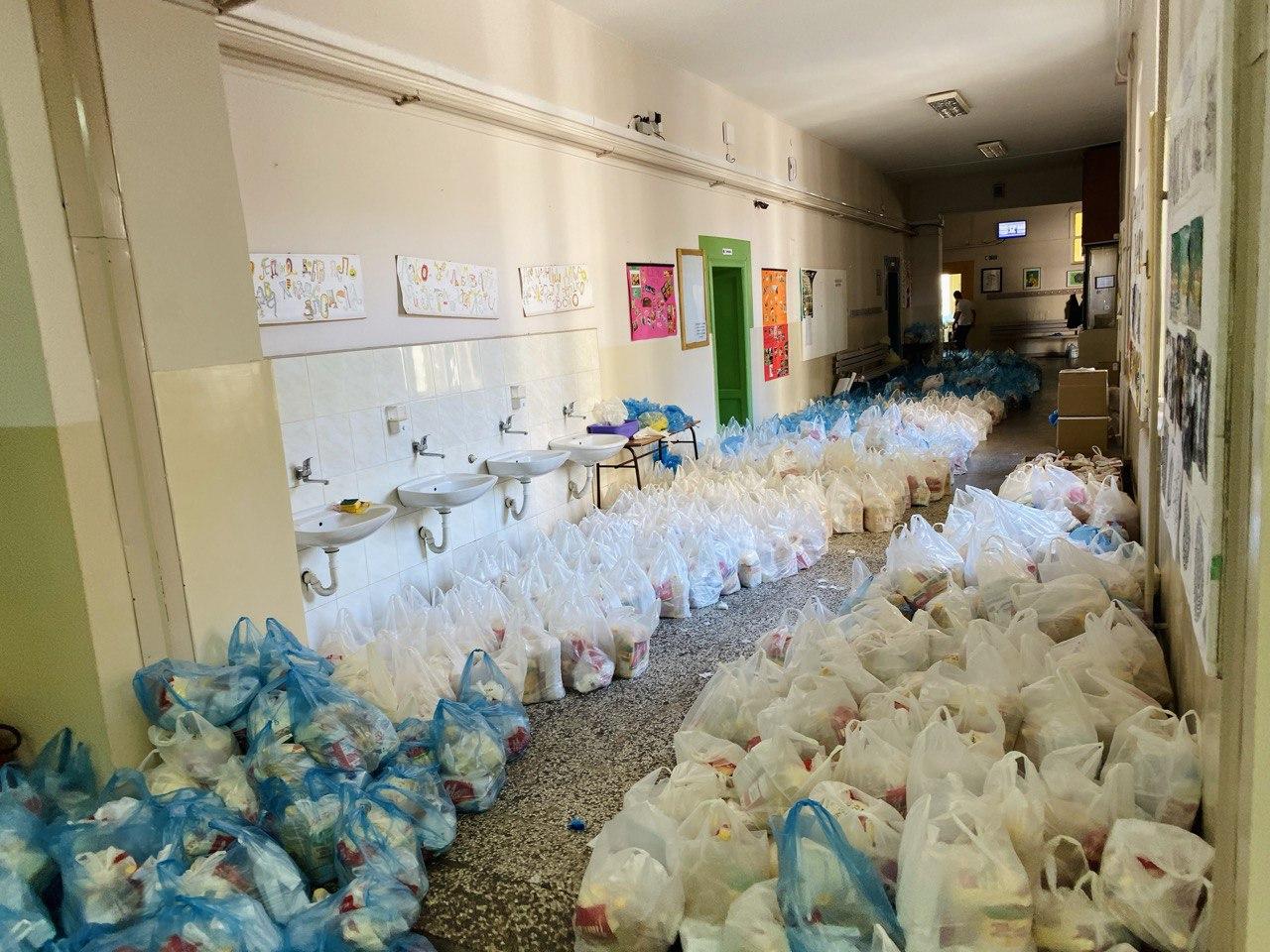 Photo of Završena podela paketa za ugrožene Piroćance, kao i za penzionere sa najnižim penzijama