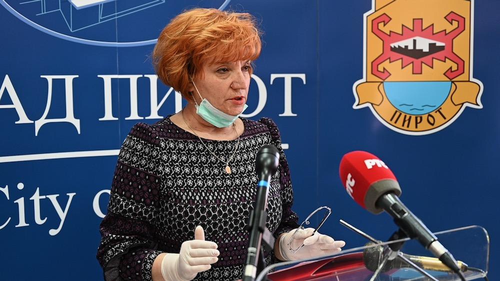Photo of Dr Elizabeta Aleksić: Epidemijske mere i dalje na snazi. Epidemija ima opadajući tok, ali je i dalje na snazi