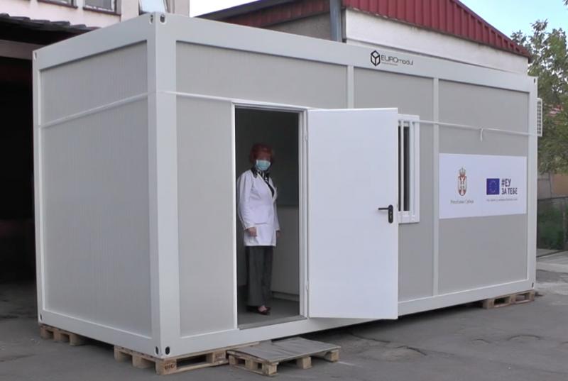 "Photo of COVID kontejner za ""brzo"" testiranje stigao i u Pirot"