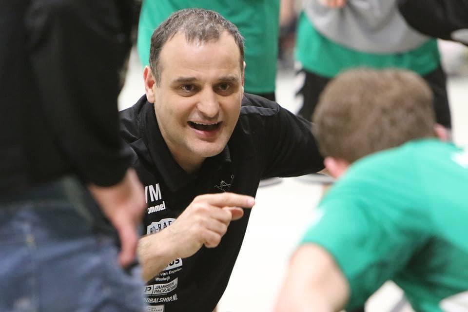 Photo of Novi izazovi pred Vladanom Mijalkovićem, našim sugrađaninom koji je veoma uspešan rukometni trener u Holandiji