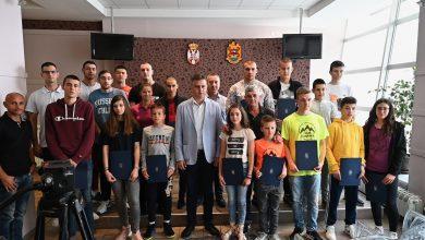 Photo of Grad Pirot sa preko 10 miliona dinara stipendirao najtalentovanije sportiste