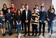 Photo of Prijem za učenike generacija osnovnih i srednjih škola u kabinetu gradonačelnika