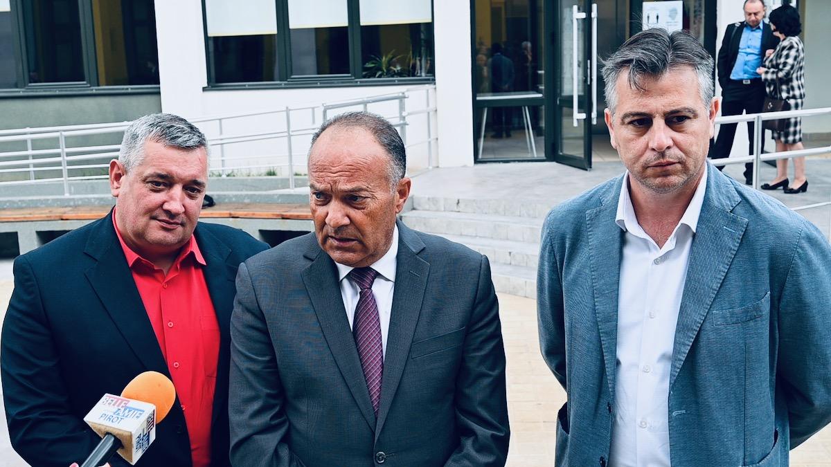 Mladen Šarčević, ministar prosvete u Pirotu