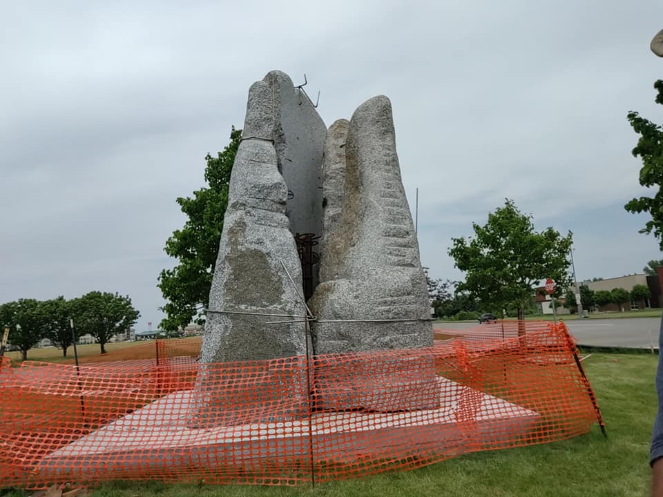 severna ruza, najviša skulptura Zorana Mojsilova