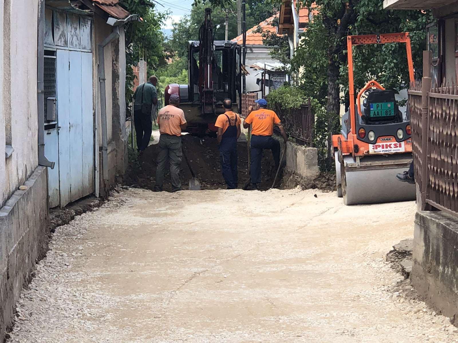 asfaltiranje Sokaka Saše Krstića u naselju Senjak