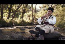Photo of Dušan Antić nastavio vekovnu tradiciju sviranja frule u svojoj familiji. Danas dobio i značajnu nagradu – drugo mesto na Saboru frulaša Srbije u Prislonici kod Čačka