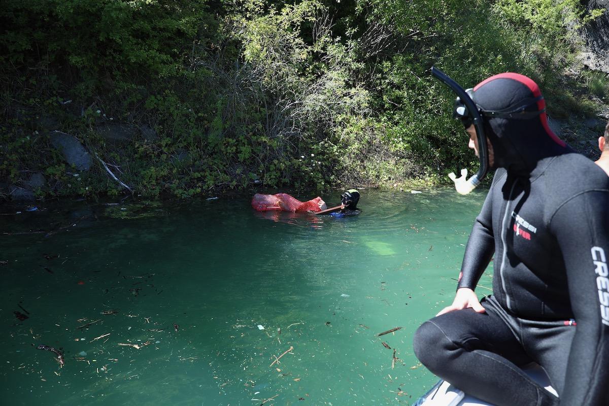 ciscenje zavojskog jezera