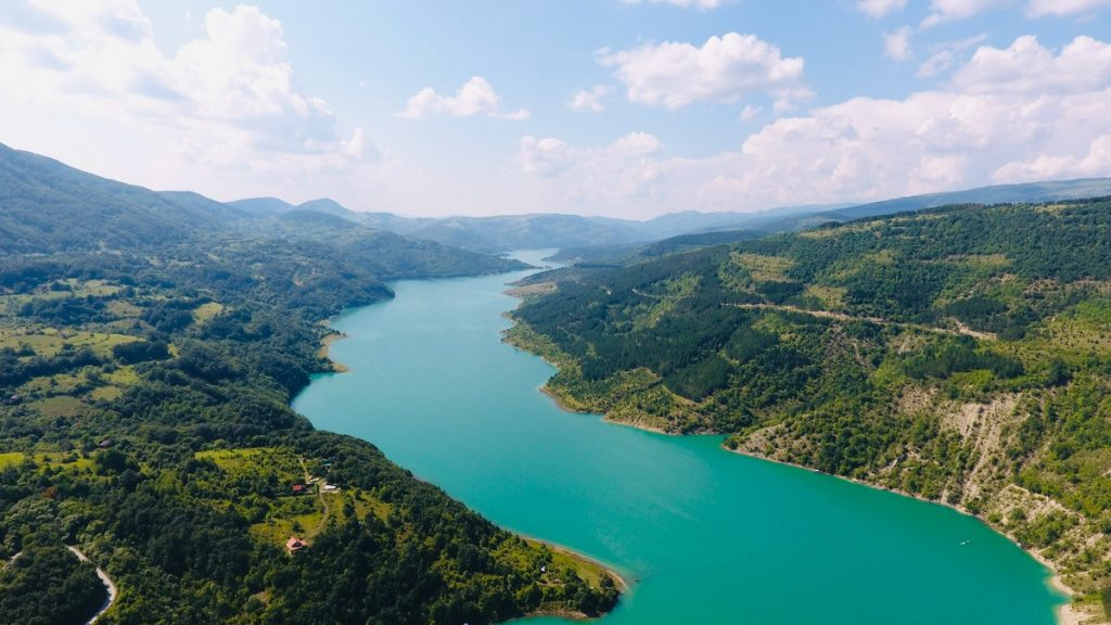 turizam zavojsko jezero stara planina