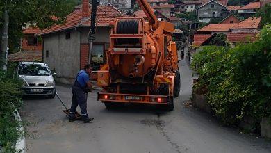 """Photo of Posle  velikog pljuska: Radnici """"Vodovoda i kanalizacije čiste sslivnike"""