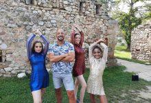 """Photo of Na tvrđavi na Kaleu i centru grada sniman spot za pesmu """"Kele"""" kojim se darovite mlade Piroćanke predstavljaju na međunarodnom takmičenju Ritam Evrope"""