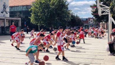 Photo of Sportski izazov – mladi pirotski košarkaši vežbali u centru grada