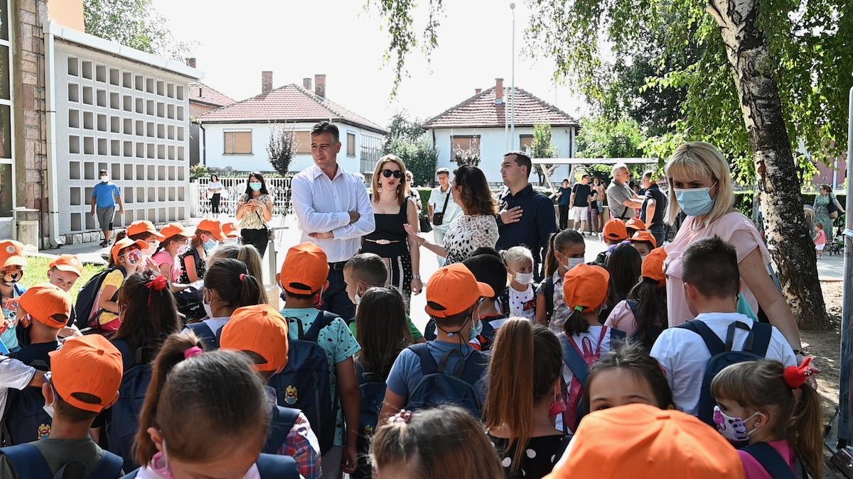 vasic deca đaci prvaci