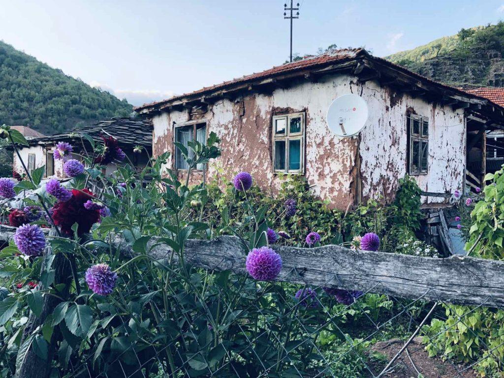 topli do kuća stara planina