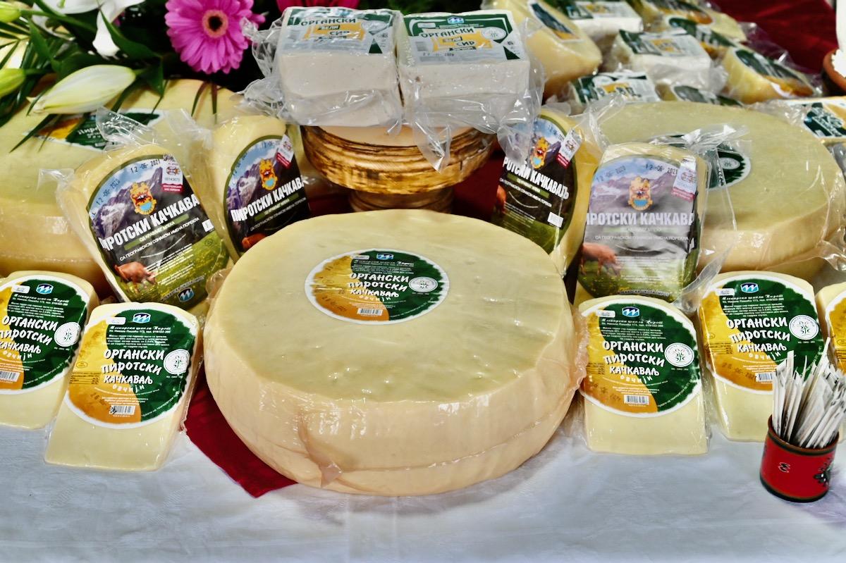organski ovčiji sir i kačkavalj
