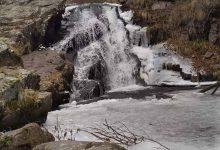 Photo of Zimska bajka na Staroj planini – vodopadi Tupavica i Draganov vir polako dobijaju pravi zimski dekor