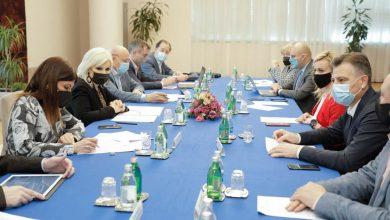 Photo of Sastanak predstavnika NALED-a sa ministarkom Mihajlović. Tema: Pojednostavljenje i ubrzanje procedure dobijanja priključka na elektromrežu