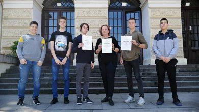 Photo of Sjajni pirotski gimnazijalci na državnom takmičenju iz fizike