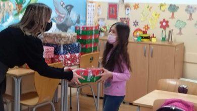 Photo of Paketići za pirotske školarce – poklon od vršnjaka iz Velike Britanije