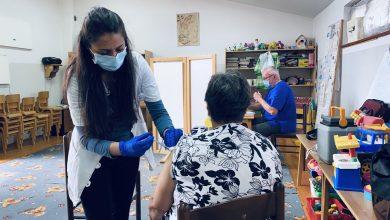 Photo of Vakcinacija se odvija i po mesnim zajednicama, danas se vakcinisali meštani MZ Rasadnik