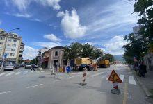 Photo of VAŽNO! Počeli radovi na rekonstrukciji kolovoza u Ulici Knjaza Miloša, deo ulice i Golemi most zatvoreni za saobraćaj od danas do petka