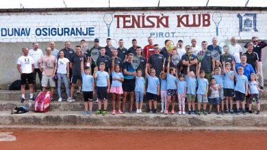 Photo of Marko Kostić osvojio pehar na tradicionalnom teniskom turniru u Pirotu