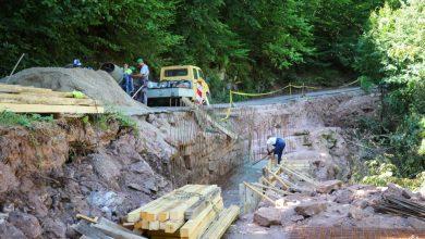 Photo of Colić obišao radove na sanaciji klizišta ka Toplom Dolu, počelo betoniranje jednog potpornog zida